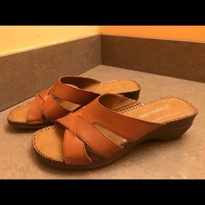 Brown Leather St Johns Bay Sandals Womens 6.5M